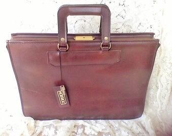 Vintage brief case, lap top holder, Attache case,with key