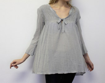 Dirndl  Blouse Light Gray Peasant Blouse Oversized Grey Tunic  Long Sleeves   Large Size