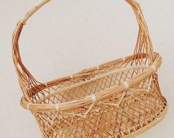 Vintage Detailed Basket with Handle