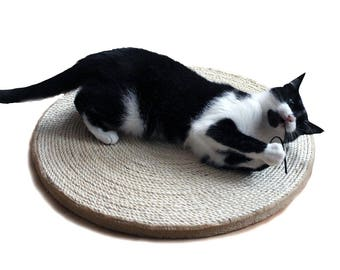 SALE- Cat scratching pad, scratcher sisal board, wooden post disk round , pet furniture, The Flying Carpet Sissy, wooden scratching sisal