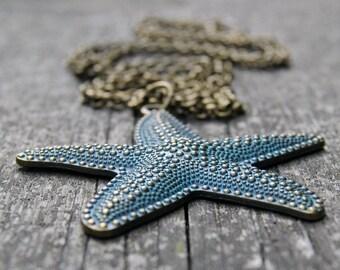 Starfish, Starfish necklace, Starfish jewelry, Starfish pendant, Patina jewelry, Patina pendant, Patina necklace, Green patina charm