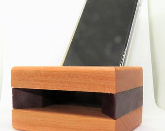 DOMESTIC/EXOTIC Acoustic Wooden Iphone Speaker/Charging Stand