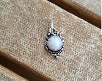 Silver Pendant with Moonstone & leather necklace