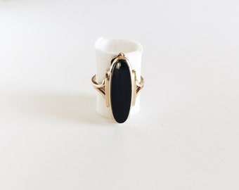 Vintage Black Onyx Ring 7 1/2 - 10K Yellow Gold band