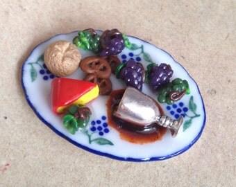 Miniature cheese platter, wine, vesper, pretzel, dollhouse 1:12