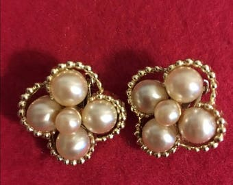 VINTAGE MARVELLA EARRINGS
