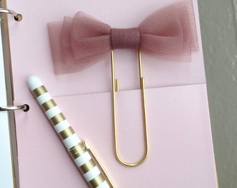 Jumbo brushed gold paper clip/TN planner clip with light eggplant aubergine tri-layered tulle bow