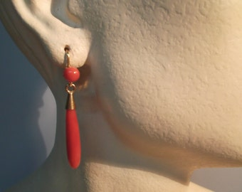 Long teardrop earrings with treated coral and 18kt yellow gold