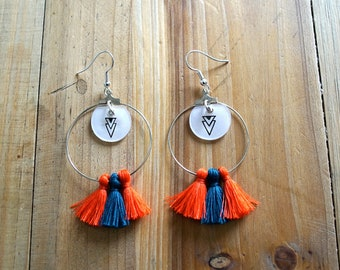 Earring creole triangle and orange and blue PomPoms