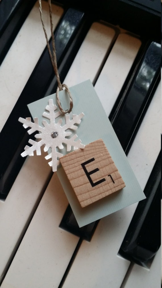 Single Letter Scrabble Tile with Snowflake Winter Gift Tag