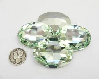 Swarovski 4127 Chrysolite F 39x28 Oval Stone (1 piece) - On Sale