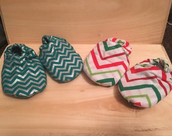 Set of Two Chevron Baby Booties 0-3 months