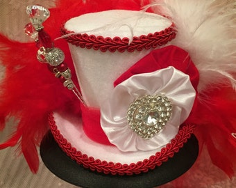 Mini top hat, Valentines Hat, Alice in Wonderland, Mad Hatter Hat, Tea Party, Red and white hat, heart hat