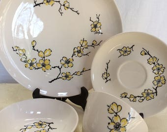 Vintage 4 Piece Place Setting Marcrest Dixie Dogwood China, Never Been Used, Still in Box, 1950's