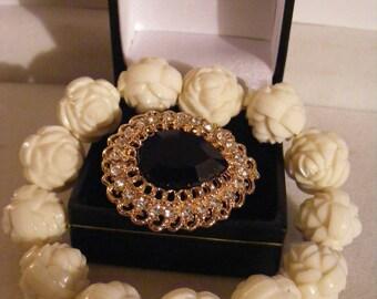 Lovely Brooch & Bracelet