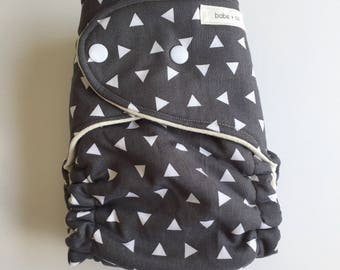 White Triangles on Grey OBF Hybrid Fitted Diaper - OS Hybrid Fitted Cloth Diaper - OS Fitted Diaper with Fold Down Rise