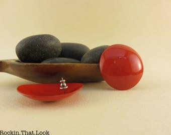 Retro Red Metal Stud Earrings Lightweight Vintage Jewelry 50s Earrings