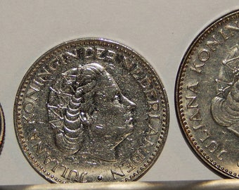 NETHERLANDS Lot of 3 Coins:  1) 1950 25 Cents,  2) 1969 1 Gulden,  3) 1972  2 1/2 Gulden; Nice Defunct Numismatist's Collectible Items