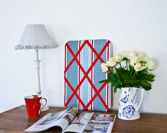 Blue & Red Striped Pinboard