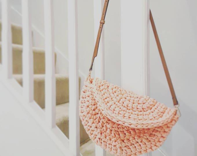 Make.E seamless moon bag crochet pattern UK pdf download