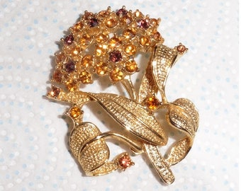 Vintage gold plated amber stones brooch 1960's