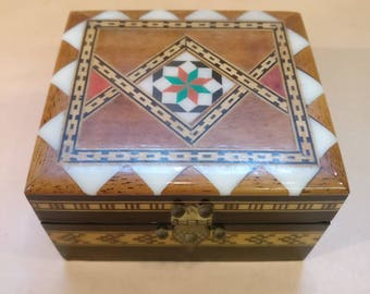 Vintage Decorated wooden trinket box, excellent condition
