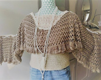 Bohemian pullover with fringes poncho style, naps picked, lace and pearls. Style Stevie Nicks romantic gypsy hippy.