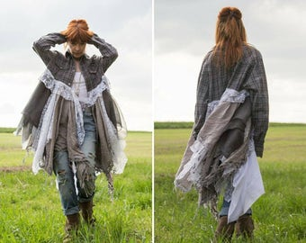 Mens shirt Boho Dress, in grey flannel and lace white, style Stevie Nicks gypsy hippy. Romantic French market clothing, Rustic Coat dress.