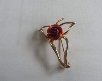Vintage Goldtone Red Rose Lancashire Brooch - Kitsch Chic Boho - Vintage