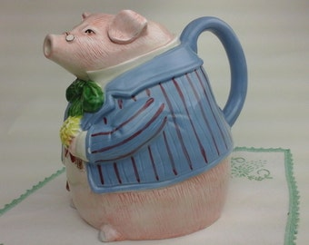 Vintage, Fitz and Floyd, pig pitcher!