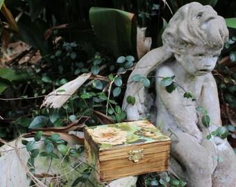 SALE-Jewelry Box/Trinket Box/Keepsake Box/Wood Box/Decoupage/Shabby Chic
