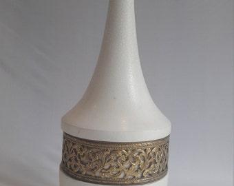 Cream & brass lampbase #1