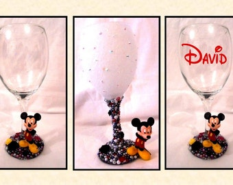 Mickey Mouse Disney Inspired Glitter and Pearl Wine Glass ~ Decorative, Drinking or Personalised Drinking Glass