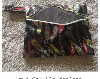"Mini wetbag/ cloth pads australia/7"" x 5.5""/ wet bag australia/ feathers design"