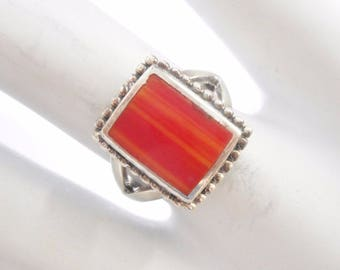 Vintage Ring, Sterling Ring, Plastic Ring, Red And Orange, Unusual Vintage Sterling Silver Orange Red Plastic Ring Sz 6.25 #3017