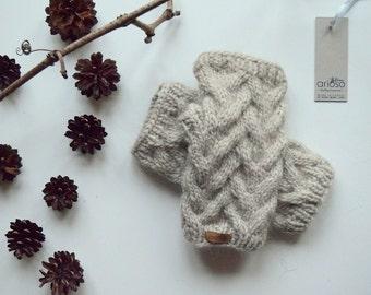 Short arm-warmers, Handmade fingerless Mittens, Wrist Warmers, Basket Mitts for Women or Teen,cream fingerless