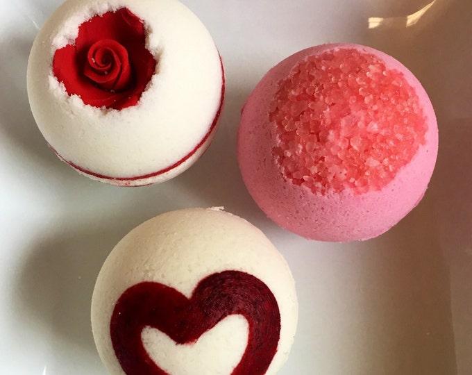 Valentines bath bombs , valentines gift , 3 valentines bath bombs , valentines gift set