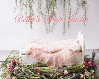 Newborn Digital Backdrop | Floral | Bed