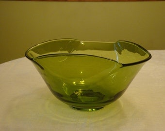 Avocado green glass serving dish
