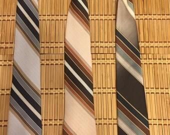 Vintage 70's 3 Necktie Set