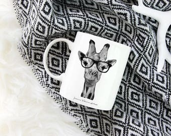 Giraffe wearing glasses, mug, humorous gift, kitchen ware, homeware