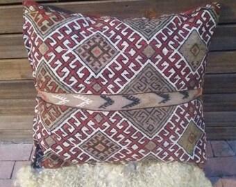 "TURKISH KILIM PILLOW....vintage kilim cover, large floor cushion, sumak cecim embroidery, 30""x26"", 76x65 cms, free shipping!!!"