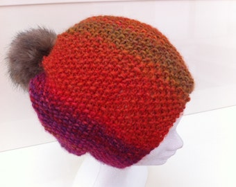 Multicolored hat with Pompom