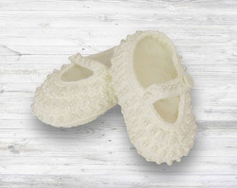 Precious crochet crib shoes! Baby girl-baby girl gifts - perfect baby gift - baby keepsake - new baby gift- baby shower gift-beautiful shoes