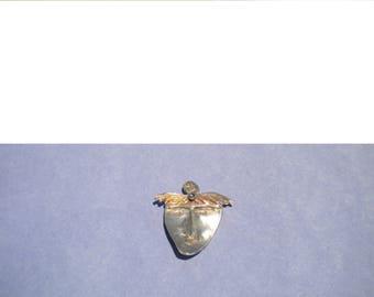 Silver Face Brooch Pin