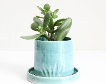 turquoise small planter with plate, pot, carved, shiny, handmade, ceramic, pottery, stoneware, wheel thrown, glazed