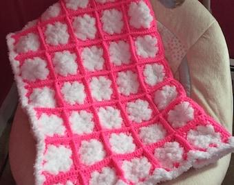 Snow Snuggy in Pretty N Pink/Whitey White