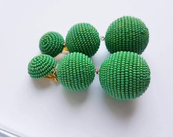 green three balls les bonbon style clips on earrings
