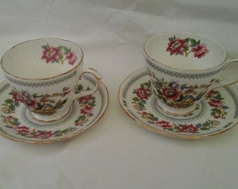 Duchess bone china two cups and two saucers in Nanking pattern