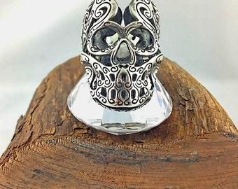 Skull Holed ring, original skull, fantasy ring, particular fretworked skull, teschio traforato
